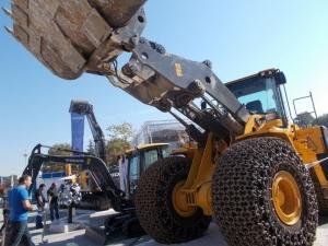 Машини гиганти превземат Панаира есента