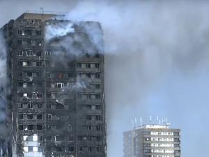 Двама българи потърсили помощ в посолството заради пожара в Лондон