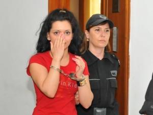 Майзер 2: Млада българка обвинена за жестоко убийство на мъж СНИМКИ