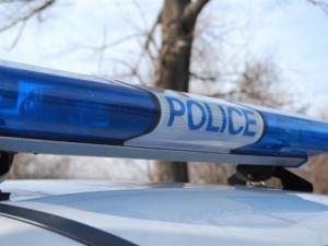 Патрулка се приземи в нива, двама полицаи пострадаха
