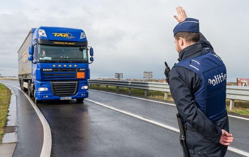 Пловдивски шофьори на прицел във Франция: Огромни глоби, кражби и тежки побои