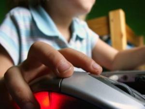 Баща измисли начин да предпази децата си в интернет
