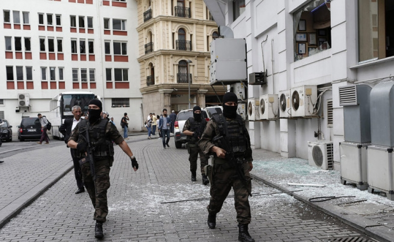 Тревога! Опасност от атентати в Истанбул