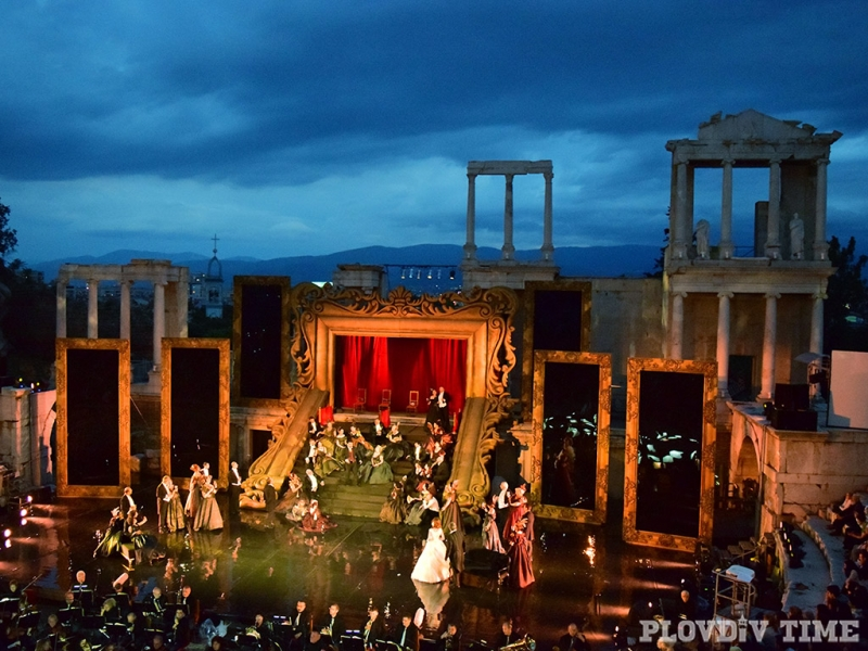 Преобразиха Античния театър по невероятен начин СНИМКИ