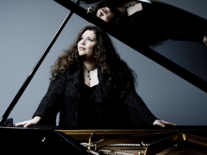 Световна топ пианистка се качва на сцената на Античния театър тази вечер