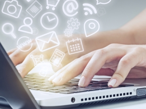 Молбите, разрешаващи непълнолетните да работят, стават онлайн