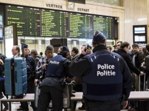 Експлозия на гарата в Брюксел! Тече евакуация