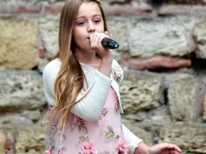 Дъщерята на винаря Алекс Канев се класира първа на международен фест