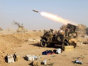 """""""Ислямска държава"""" развя бяло знаме в Мосул"""