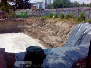 Спряха строителството, което руши могила на 5000 години в Пловдив СНИМКИ