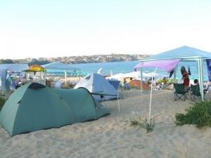 Затвор и глоба при свободно къмпингуване в Гърция