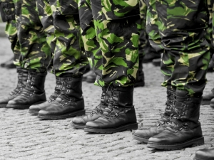 Министърът на отбраната: Наборната военна служба се налага