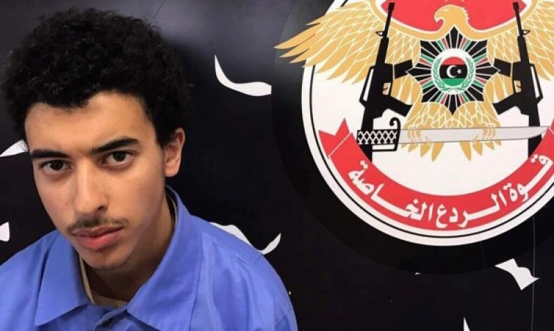 Атентаторът от Манчестър се научил как да прави бомби от интернет