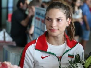 Габи Петрова остана на 4 сантиметра от победата