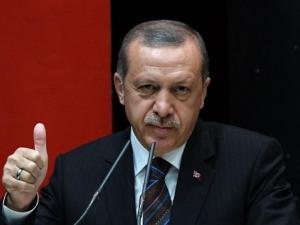 Ердоган с първи думи, след като загуби съзнание по време на молитва