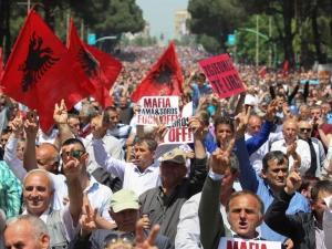 Социалистите спечелиха изборите в Албания