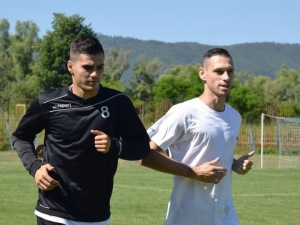 Двама бразилци на проби в Локо