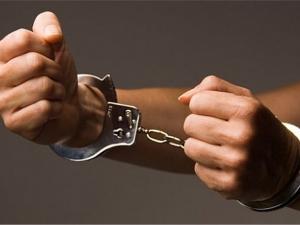 24-годишен младеж отмъкна яке от хранителен магазин, арестуваха го
