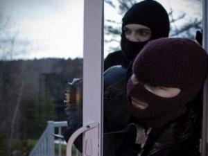 Крадци обраха жилището на 28-годишен пловдивчанин посред бял ден