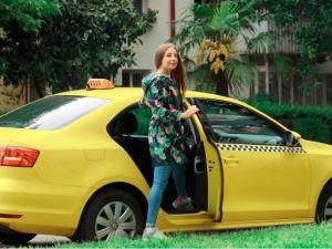 Дочакахме: Таксиметровите услуги в Пловдив станаха съвременни*