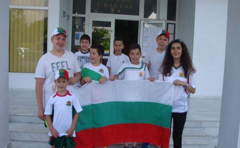 Пловдивски шахматни надежди убедителни лидери на фестивал в Румъния