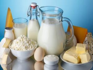Шунката в България пълна с вода, млечните продукти на Запад по-чисти от нашите