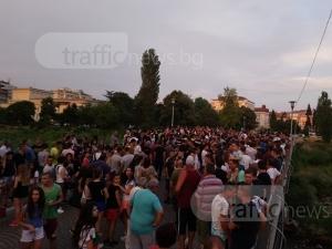 Кметът на Асеновград с опит да тушира напрежението, среща се с граждани