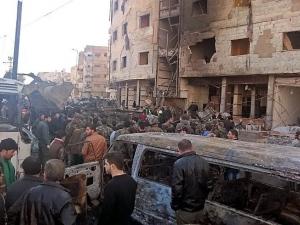Най-малко девет души загинаха при самоубийствен атентат в Сирия