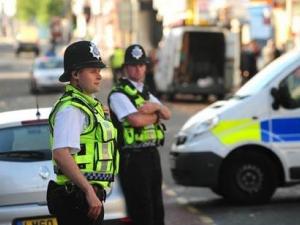 Ауди се вряза в тийнейджъри в Лондон, момиче загина