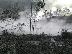 Спасителен хеликоптер се разби при акция, осем загинаха