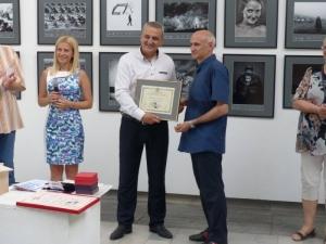 Фотограф получи почетната диплома на Община Пловдив