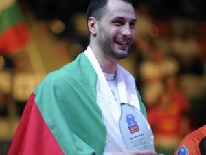 Волейболистът Матей Казийски стана татко СНИМКА