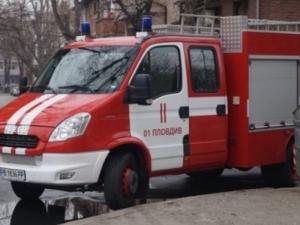 Кола се запали в движение на Асеновградско