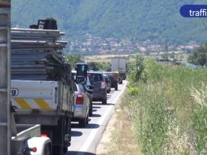 Катастрофи, задръствания и нерви по обходния път между Пловдив и София ВИДЕО