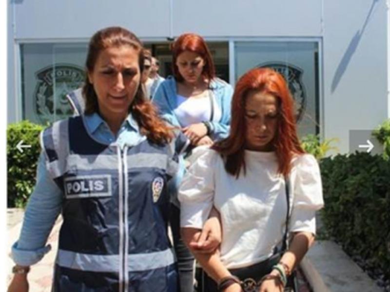 Три българки арестувани в Анталия за джебчийство
