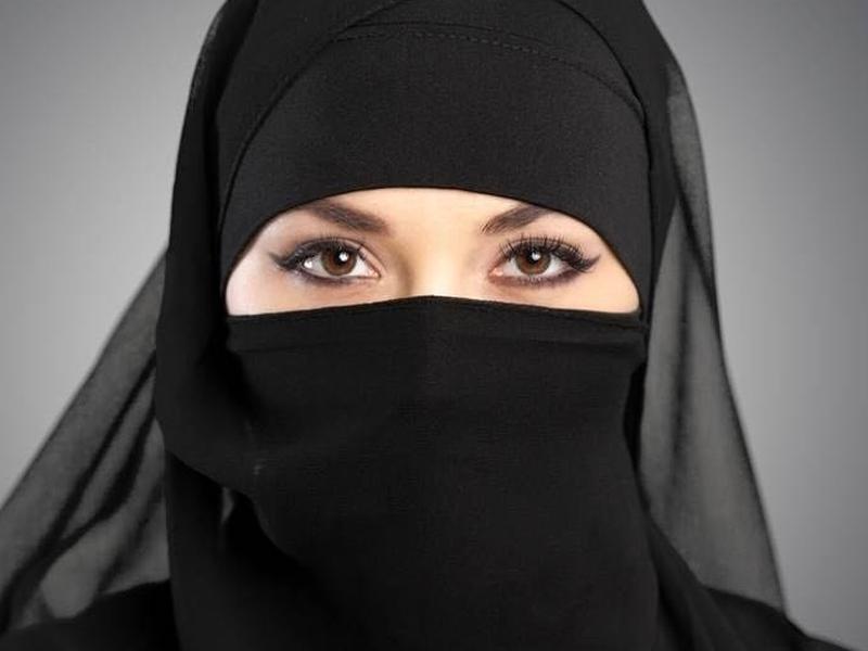 Европейския съд за правата на човека потвърди: Носенето на никаб е забранено!