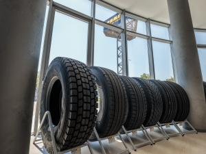 Ето го най-новия център за гуми и сервиз в Пловдив СНИМКИ