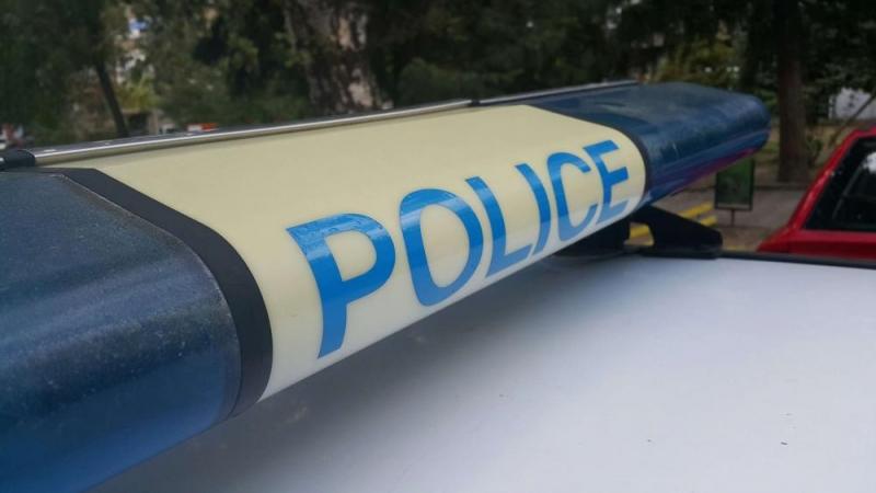 Тийнейджъри крадат кола в Първомай, катастрофират с нея и я връщат на собственика