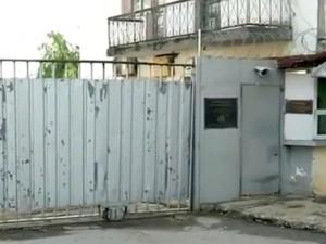 Затворник от Белене блъсна велосипедист и избяга
