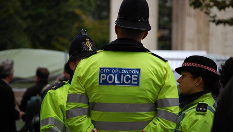 Пет случая на нападение с киселина в Лондон само за два часа