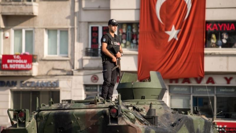 Турция отбелязва една година от опита за преврат срещу Ердоган