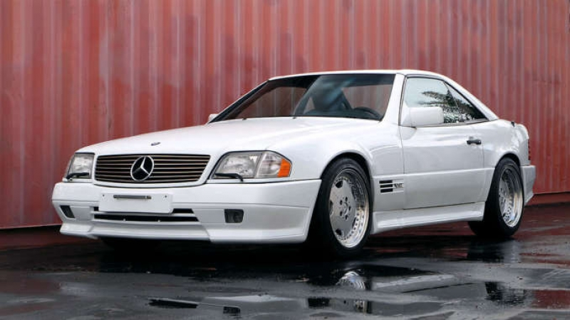Продават уникален модел на Mercedes, каран от султана на Бахрейн
