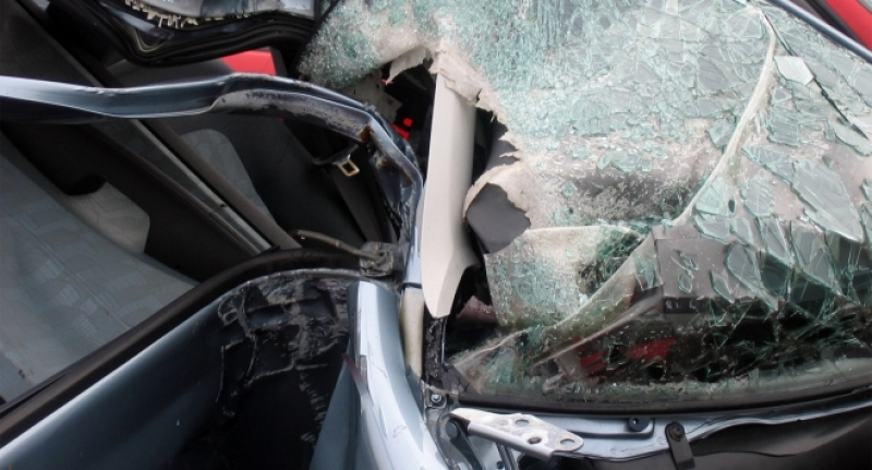 Пловдивчанин изпотроши два автомобила в Кючука