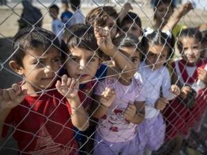 Над 110 000 бежанци са пристигнали в Европа през тази година