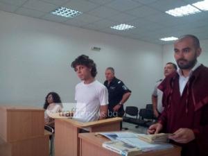 Гледат делото срещу травестита Благовест при закрити врати, пазят жертвата СНИМКИ