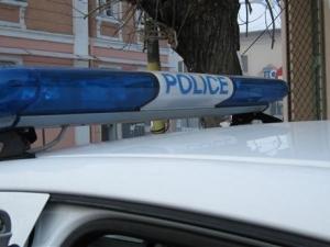 Нападнаха и насила отведоха жена пред магазин