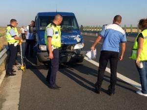 Микробус с българи катастрофира в Румъния, шофьорът е в болница СНИМКИ