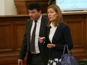 Депутат се сдоби с тонове суджук като използвал името на Бойко Борисов