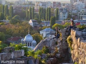 Влагаш евро в Пловдив, изваждаш 8! Възможно е.