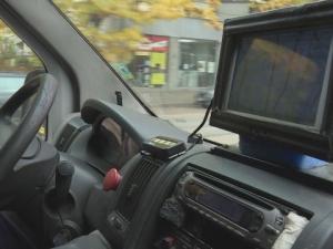 Абсурд! Линейките на Спешната помощ остават без радиовръзка